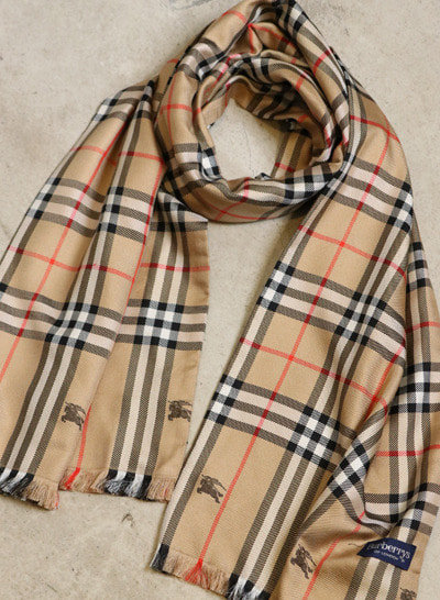 (Made in ITALY) BURBERRY silk muffler