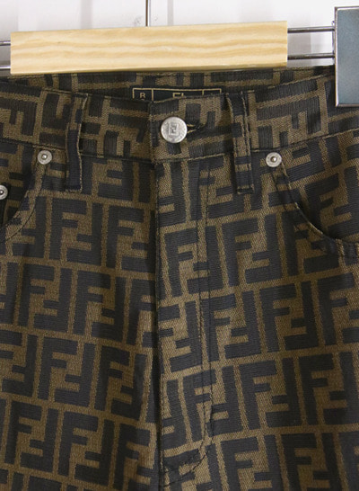 (Made in ITALY) FENDI pants
